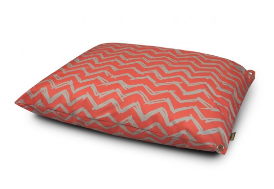 Outdoor Bed - Chevron - Red