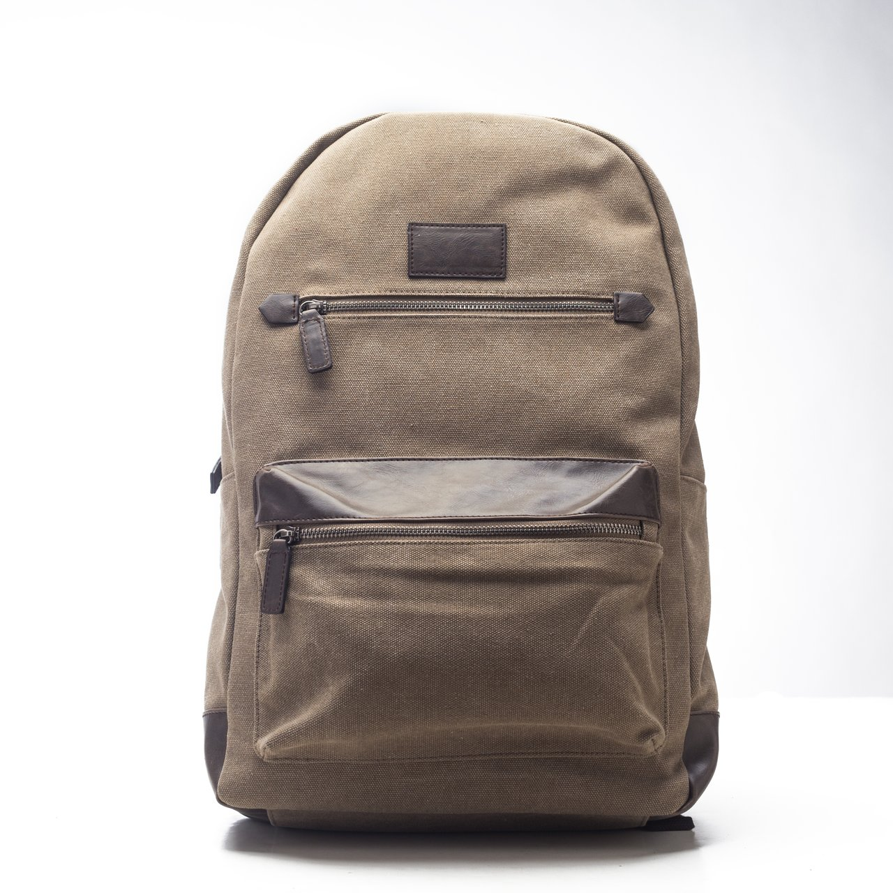Excursion Backpack in Khaki