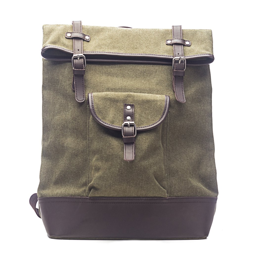 Excursion Rucksack Backpack in Olive