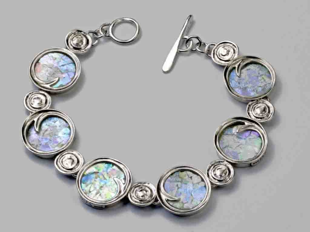 Roman Glass Wave Bracelet