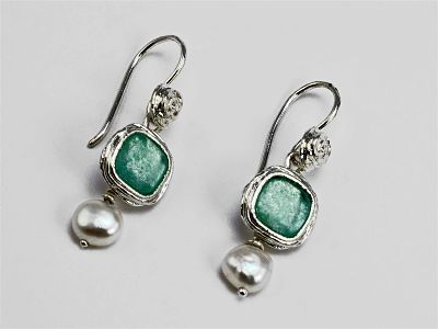 Roman Glass Earrings with Pearl Drop